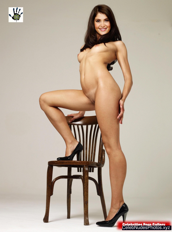 Sexy Gemma Arterton