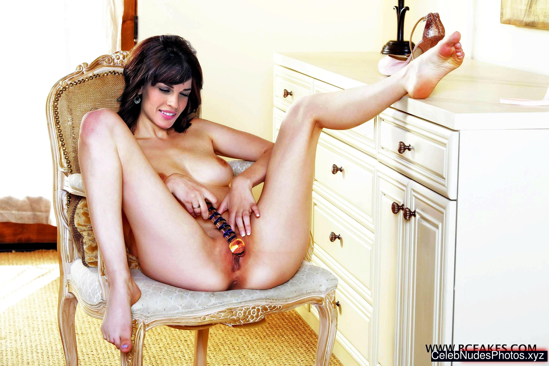 hillary swank nudes