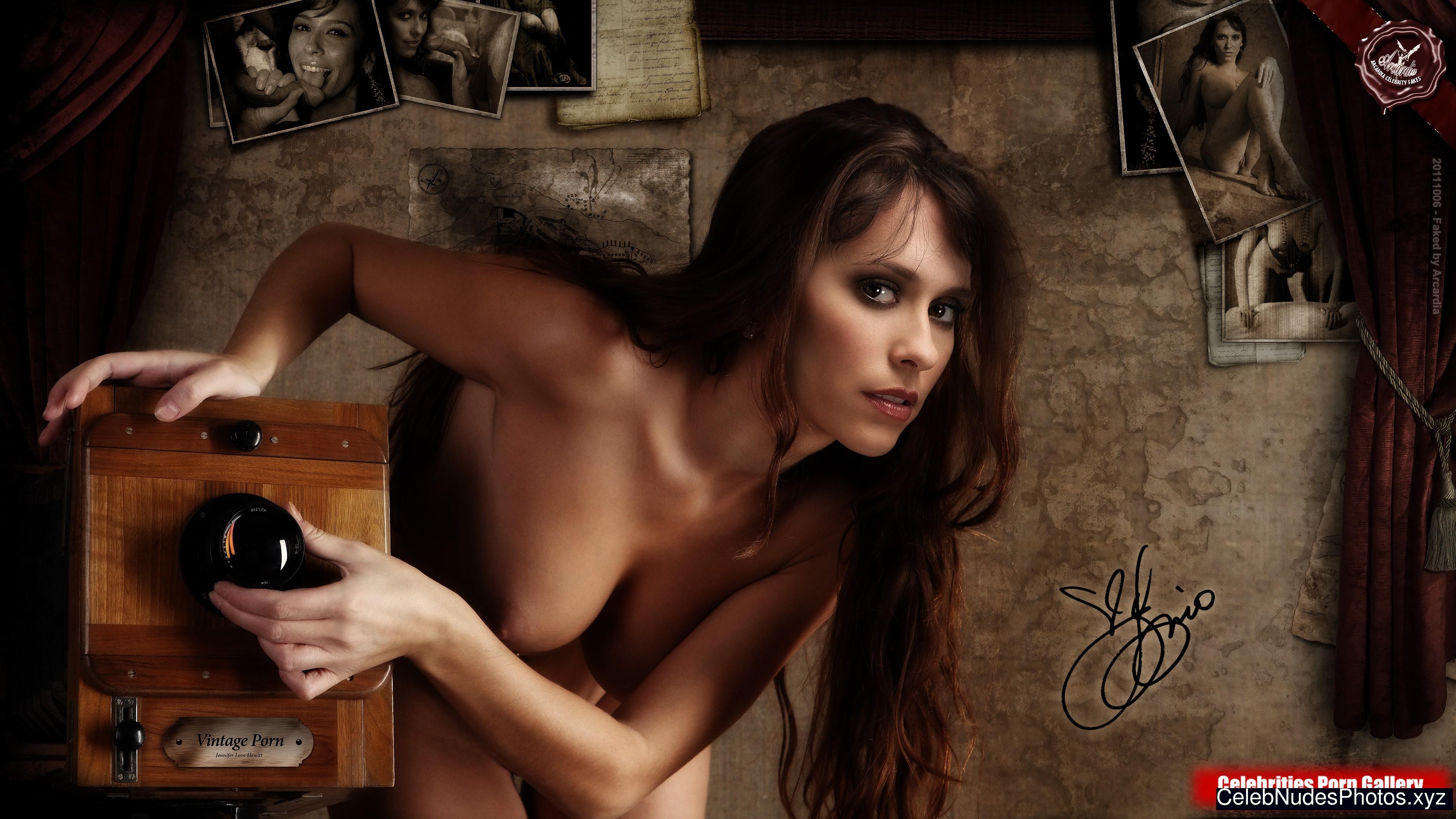 jennifer hewitt nude