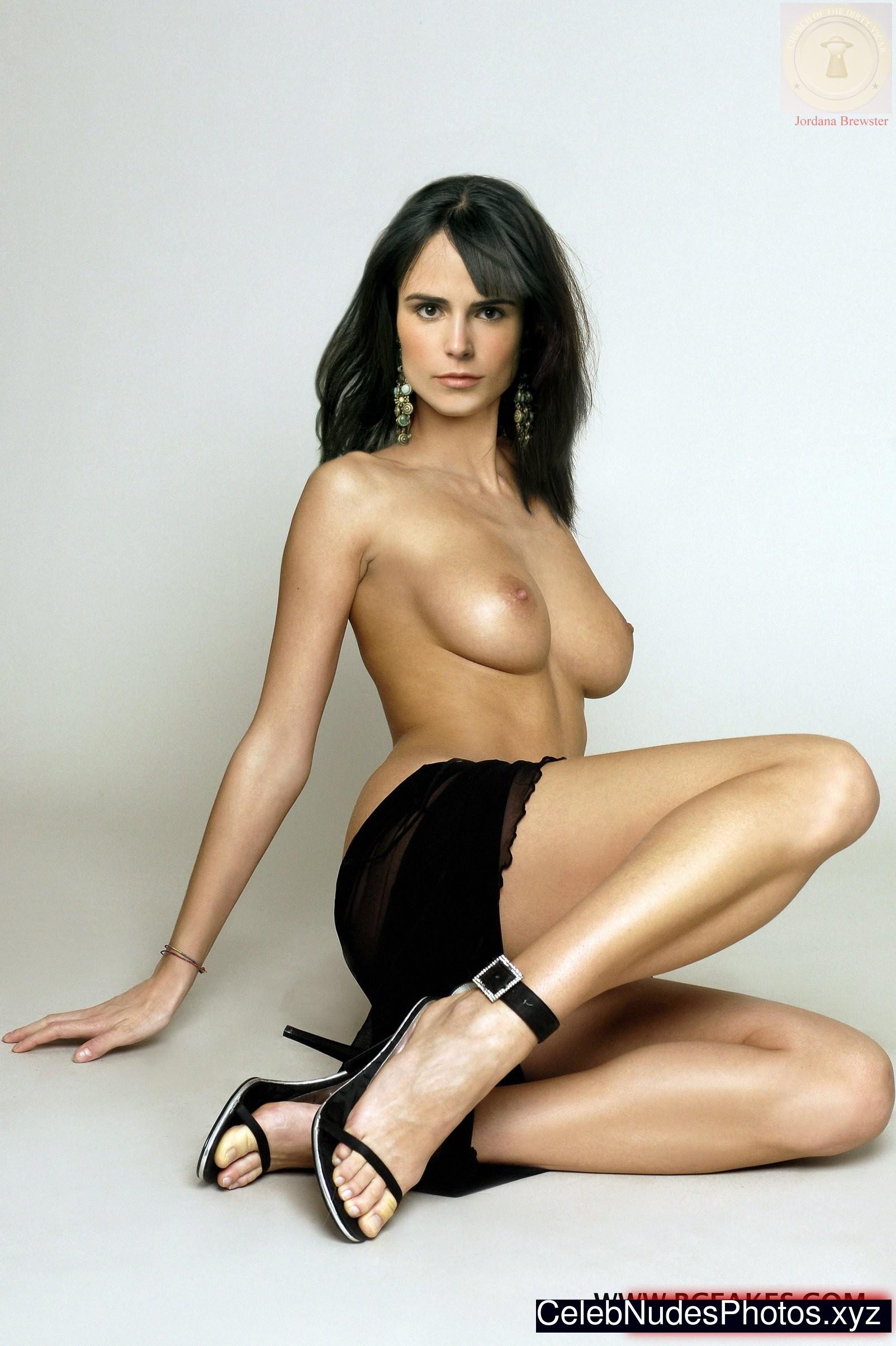 jordana brewster photo gallery naked