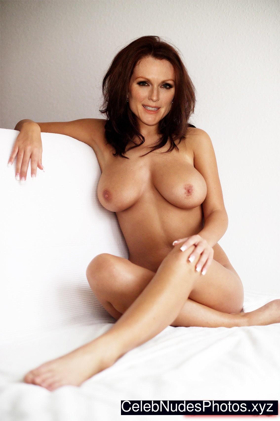 julianne moore nude movies