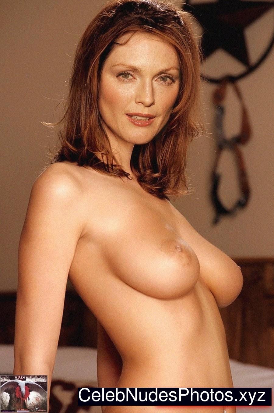 julianne moore nude