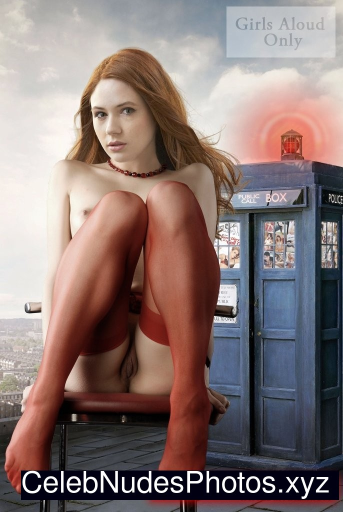 amy pond hot and naked porn