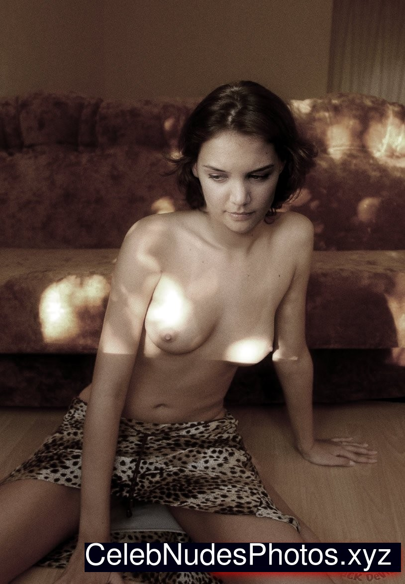 young katie holmes nude