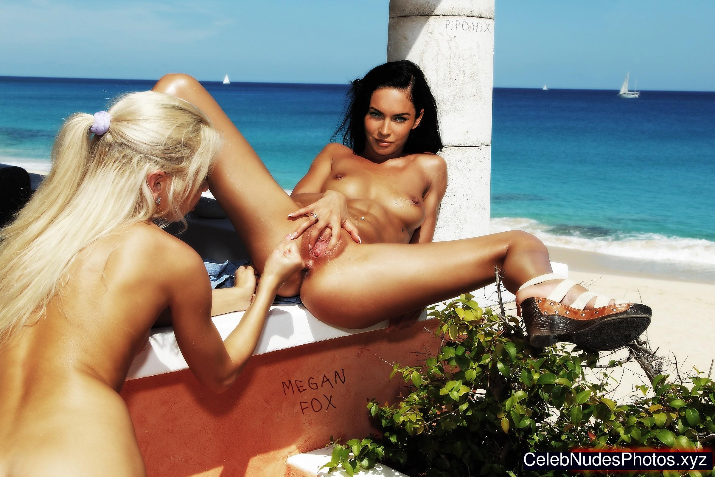 Hot Megan Fox Celeb Nudes Gif