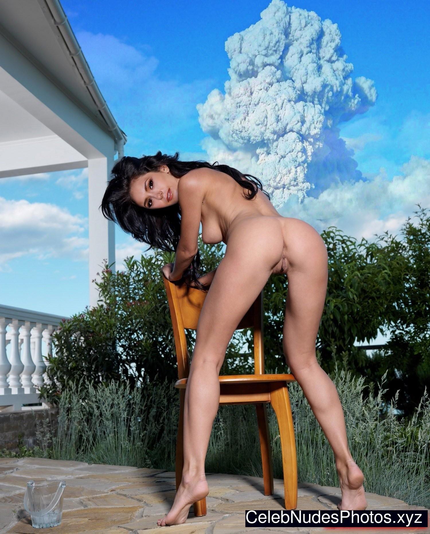 Elana dobrev nude