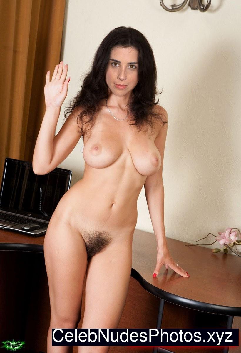 nude brunette movies